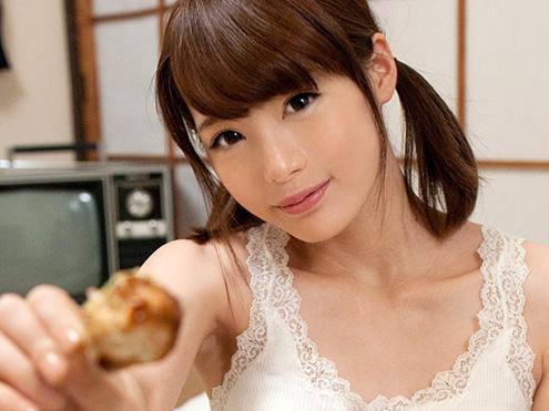 ≪鈴村あいり≫美少女過ぎなバイトお姉さん!こっそり美乳おっぱい揉んで店内で立ちバック挿入決めて痙攣アクメしちゃうww