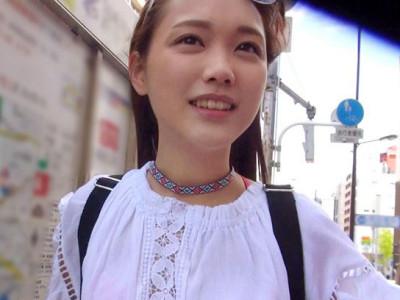 【台湾JDお姉さん】ロリお姉さんナンパ!20才の女子大生!カップルのようにデートしてラブホでコスプレセックスまで持ち込めたww