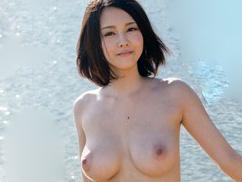 【松岡ちな】ロリ顔で神乳企画!アイドルより美少女なAV女優!