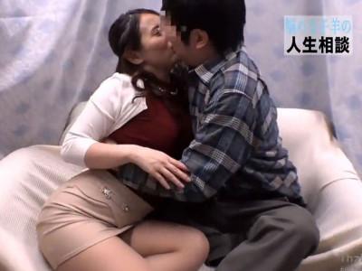 【人妻ナンパ】素人若奥さんをナンパして童貞の即ハメな企画!筆おろしで膣内射精!