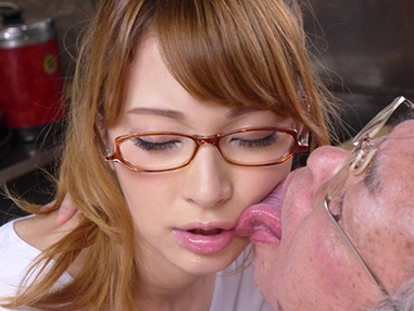 【ティア】『おじいちゃん♡血圧上がっちゃいますよ?』美人なハーフAV女優企画