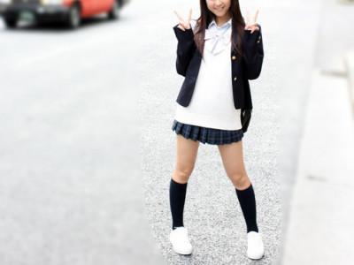 《円光JK中出し》「ゴムなしでもOK〜♡」貧乳スレンダー女子高生と制服着衣で援交ハメ撮り企画
