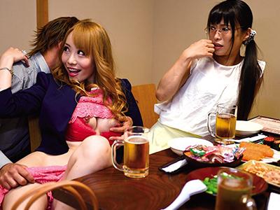 【ナンパ即ハメ】『ここでエッチしちゃおうよ〜♡』美乳な痴女ギャルお姉さんが店内で発情して泥酔企画